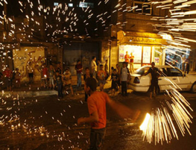 حظر استخدام الألعاب النارية